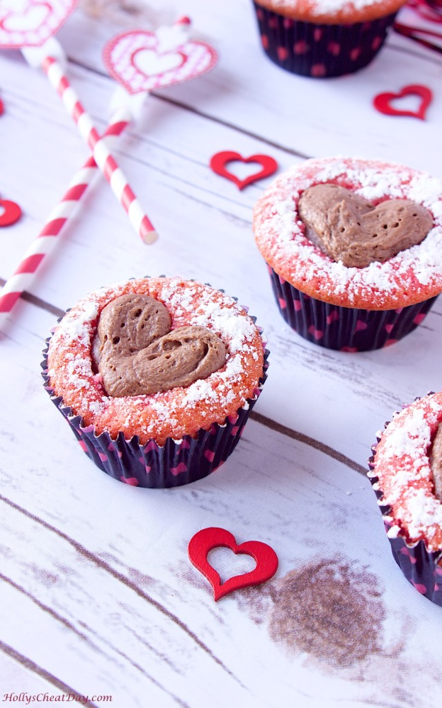 sweetheart-strawberry-cupcakes | HollysCheatDay.com