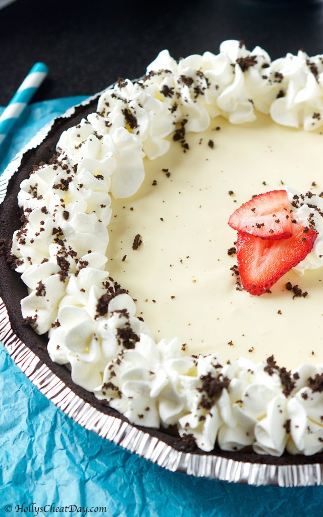 easy-cream-cheese-pie| HollysCheatDay.com
