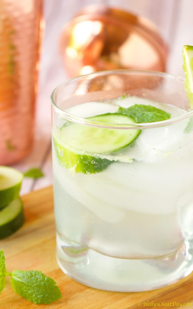 skinny-cucumber-cocktail| HollysCheatDay.com