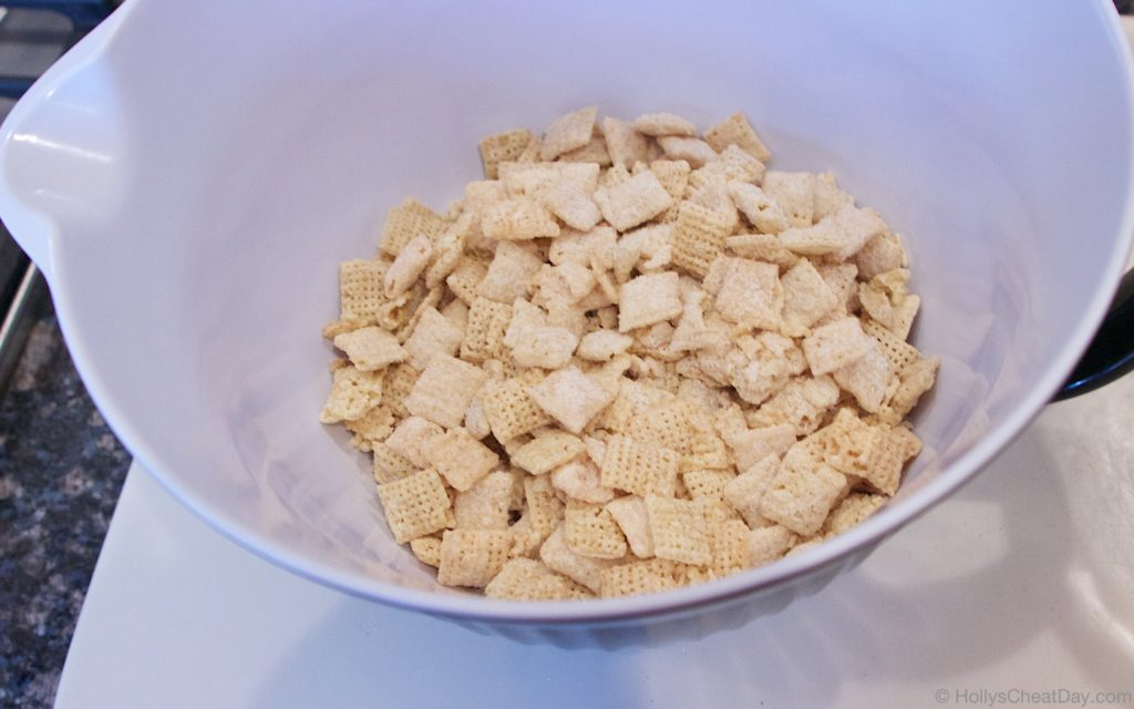 brown-sugar-and-spice-chex-mix | HollysCheatDay.com